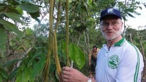 Eugen in Peru, im Hintergrund ist noch Raúl zu erkennen. Eugen ist der 1. Vorsitzende